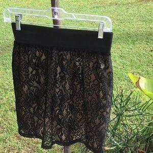 🌹NWOT Fun & Flirty Size Med Black Lace Mini Skirt